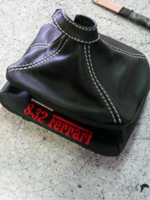 Cuffia leva cambio Lancia Thema Ferrari vera pelle nera + ricamo