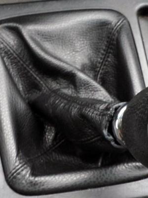 Cuffia leva cambio Kia Sorento vera pelle nera