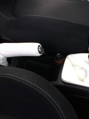 Cuffia leva cambio e freno Fiat Grande Punto vera pelle bianca