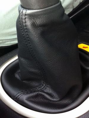 Cuffia leva cambio Land Rover Freelander dal 2003 al 2006 vera pelle nera